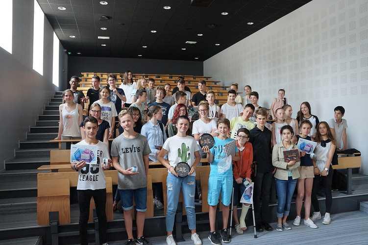 Concours « Drôles de maths 2017 » 0