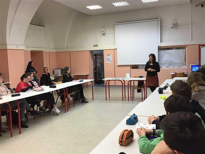 Rencontre avec Laure Deslandes, romancière img0674